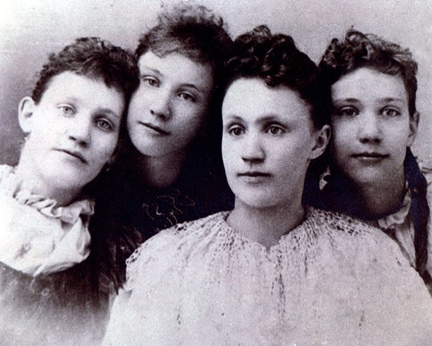 Eckess Sisters - L. to R. Elizabeth Lovenah (Libby), Mary (Mollie), Madge Agatha, Eleanor Nelle